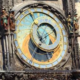 prag clock orloj travel